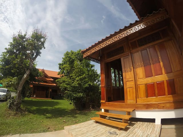 Ruen Ailada-Guesthouse เรือนไอลดา - Mueng - Maison
