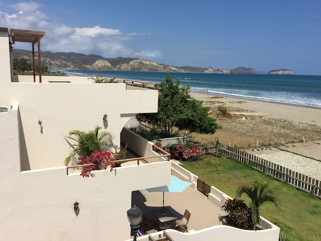 LUXURY BEACHFRONT HOME - Villa #4 - Puerto Cayo - Dom