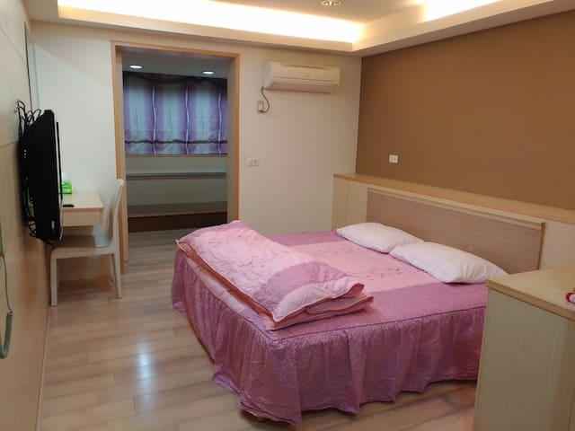 位嘉義縣故宮南院附近的幽靜和室套房,可就近探訪阿里山,提供各項旅遊協助 - 太保市 - Departamento