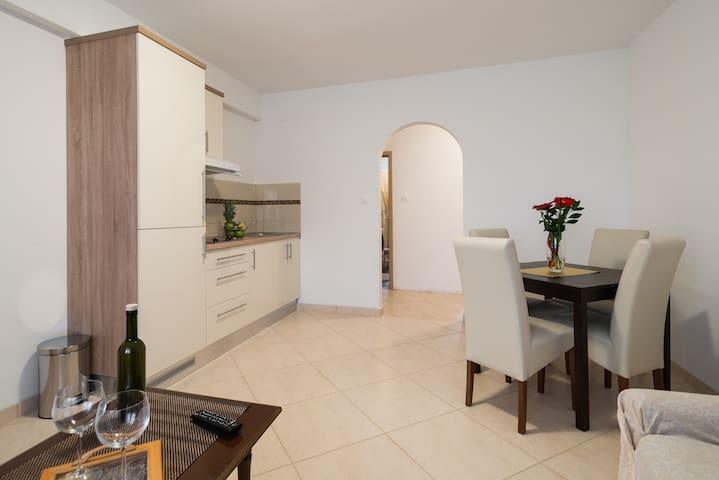 Apartman DESIDERIO - Buzet - 公寓