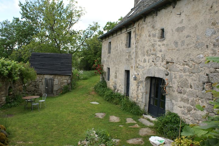 farmhouse, serenity and tranquility - montpeyroux - Ev