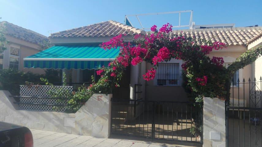 Torrevieja,La Zenia,free wifi &private pool - Orihuela - Ev