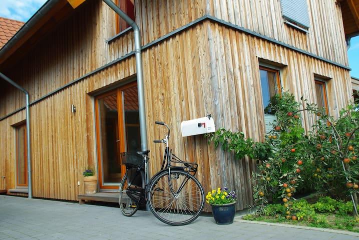 Gemütliche Wohnung Wooden Island - Wassenberg - Daire