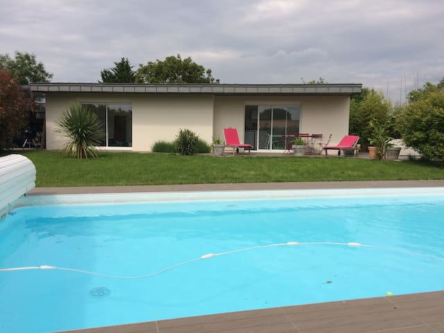 Small house with shared swiming pool - Vertou - Ev