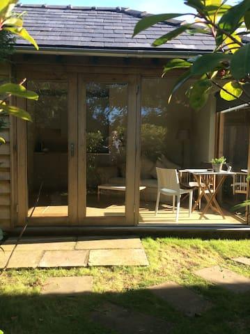 The Garden Room - Warrington - Autre