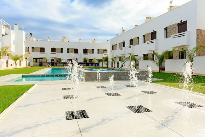 Luxury holiday house with roof terrace f. 6 person - Torre de la Horadada - Hus