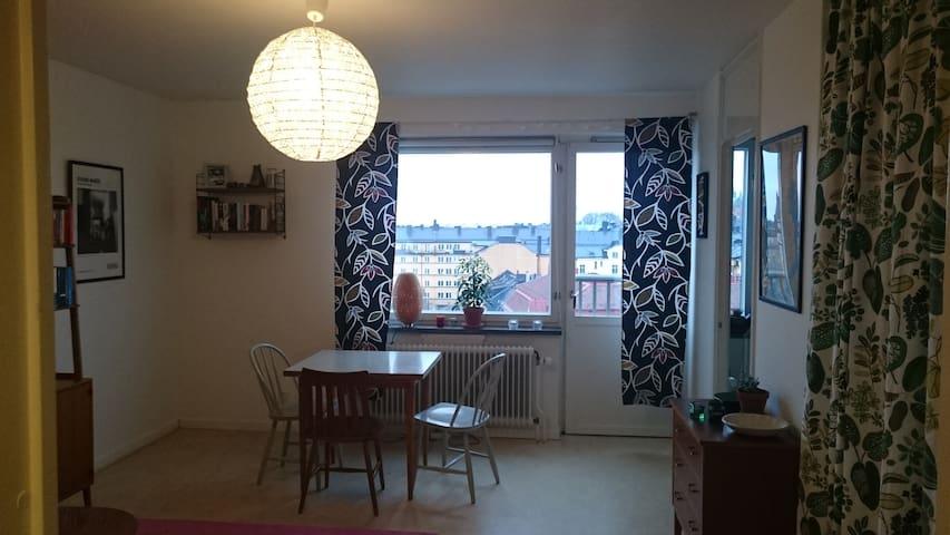 Room with a view, heart of Södermalm - Estocolmo - Departamento