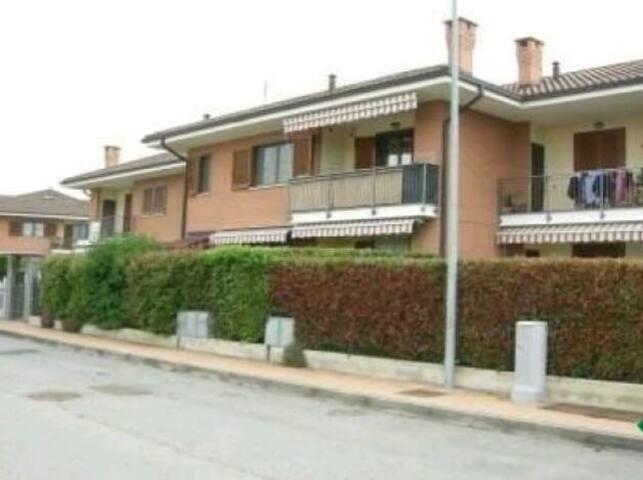 Grazioso appartamento a due passi dall'aeroporto - San Maurizio Canavese - Lägenhet