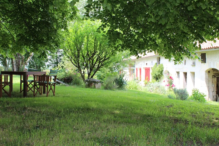 Le charme de la campagne - Mouthiers-sur-Boëme - Ev
