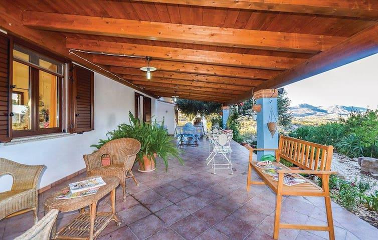 Villa Badu Carros - Oliena - Hus