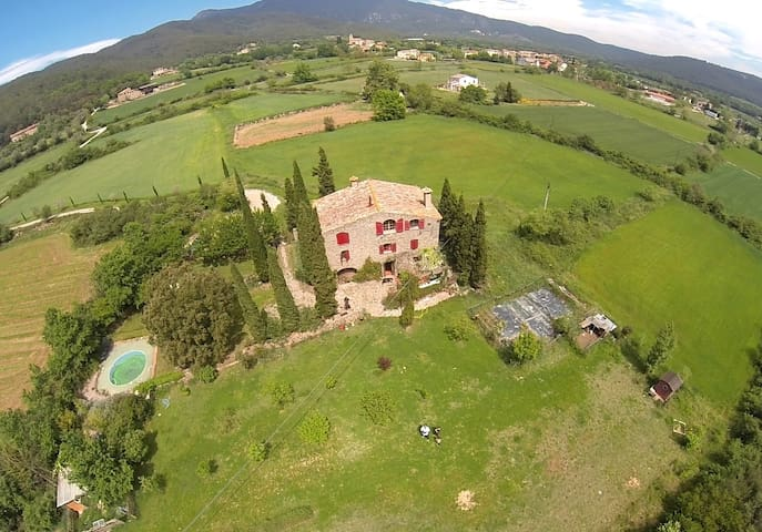 COUNTRY STONE HOUSE WITH SWIMMING POOL - Maià de Montcal - Ev