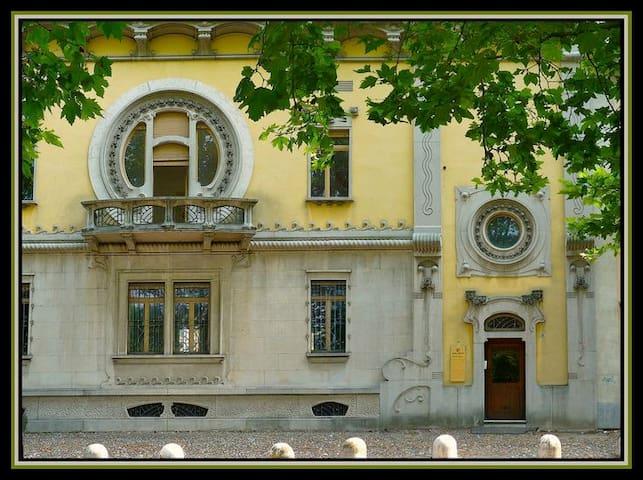 B&B Casa Quaroni Novara - Novara - Bed & Breakfast