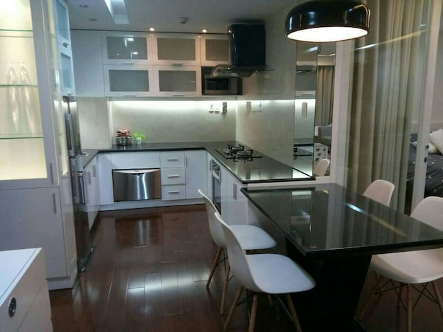 Cozy apartment in a great location - Ben Nghe district - Appartement