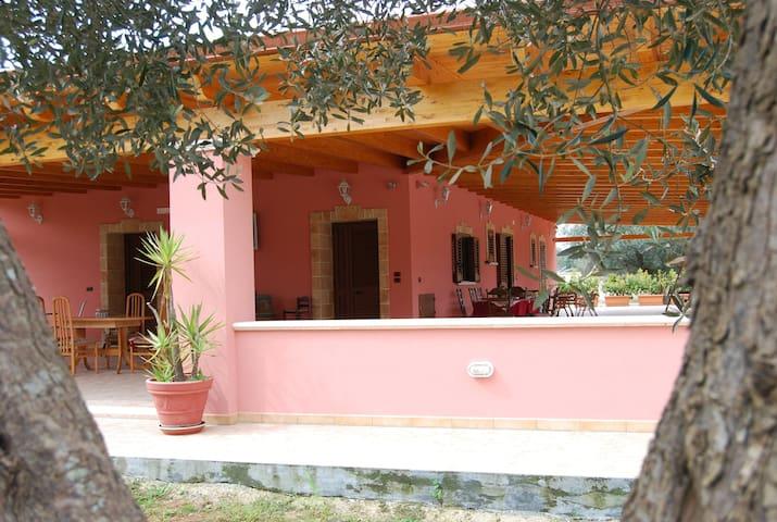 Villa Don Franco - Taurisano - Hus