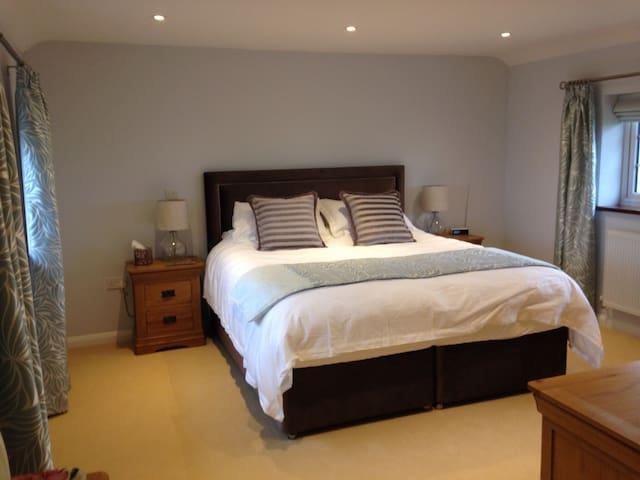 Luxurious, farmhouse b&b - Huntingdon