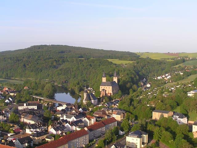 """Ferienwohnung """"Rochlitzer Berg Blick"""" - Seelitz - Pis"""