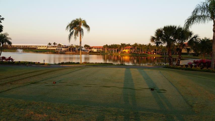 Patio Homes at PGA National - Palm Beach Gardens - Şehir evi