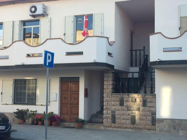 Sardinia Italy 5 minutes from mediterranean~ - Tresnuraghes - Casa