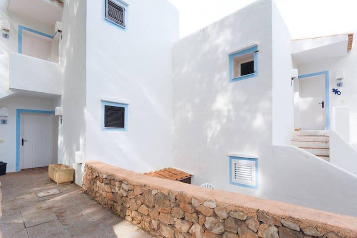 Renovated studio with lovely views in Cala Vadella - Sant Josep de sa Talaia - Apartamento