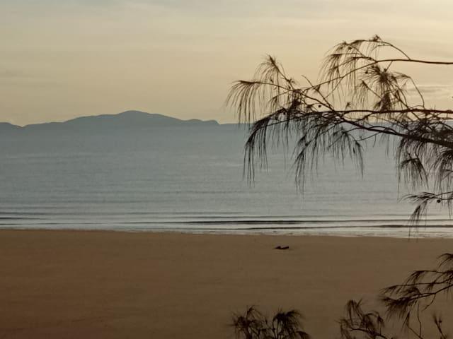 Lamberts Beach self contained unit - wifi,pool,TV - Slade Point - Departamento