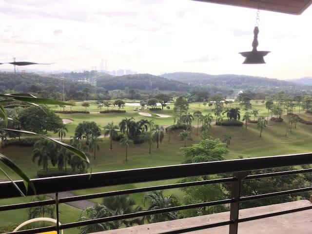 Great location @ Puteri Palma Condominium - Putrajaya - Apto. en complejo residencial