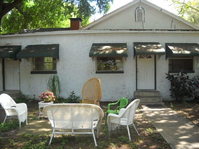 Beautiful 3 BR/2 BT Large home on river prop VR 2 - Titusville - Maison