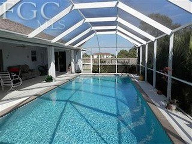 The Dragonfly   A place and pool, away from home! - Cape Coral