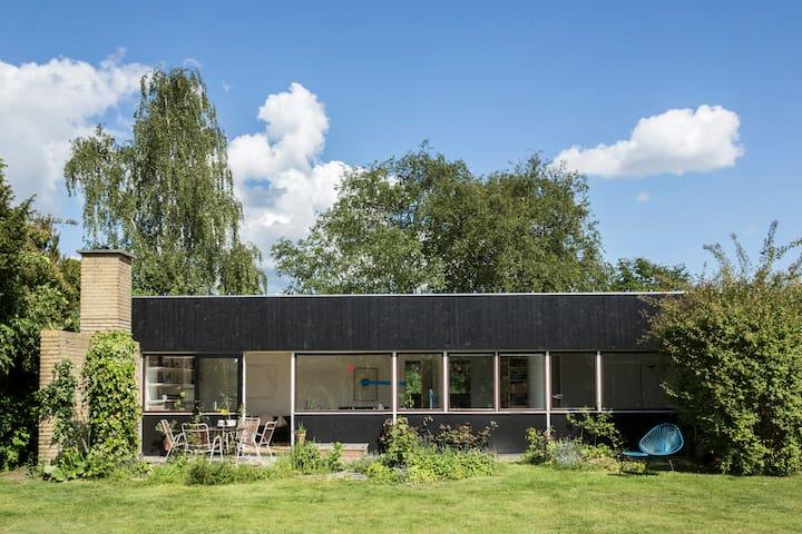 60ies villa close by lake - Farum