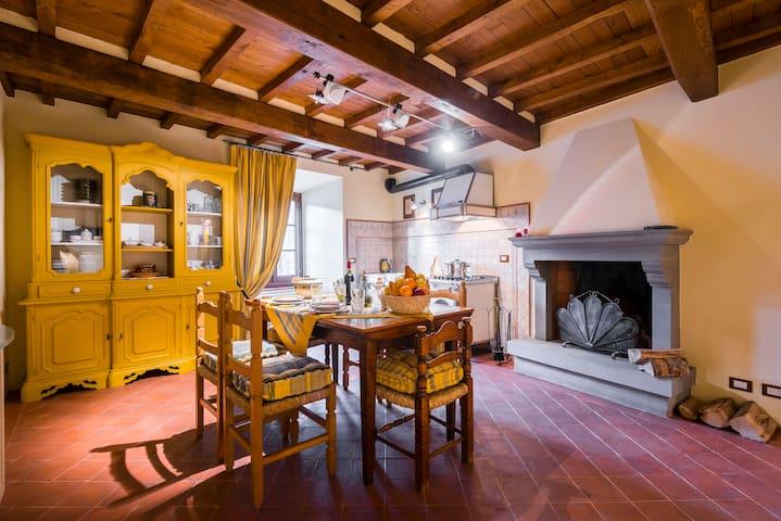 Your house on the mountains. Cutigliano - Cutigliano - Huis
