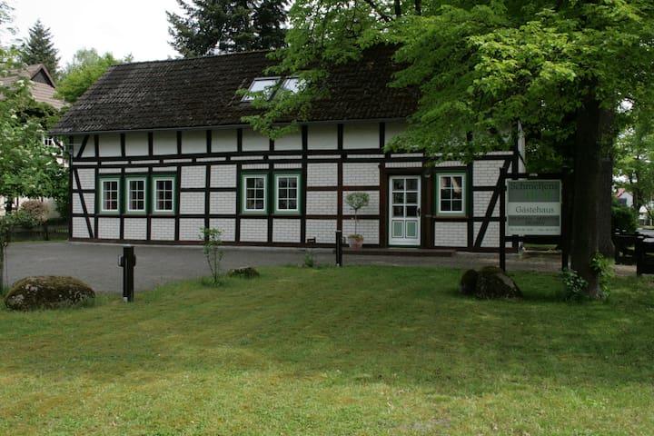 Schmetjens Hof - Gästehaus auf dem Land - Burgwedel - Apartament