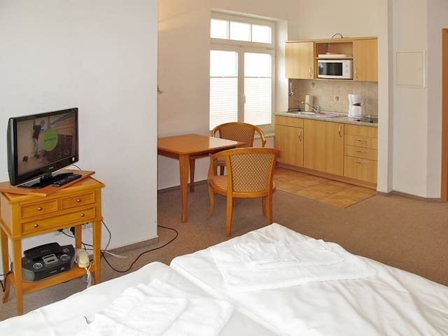 Apartment Haus Stolzenfels for 2 persons - Sellin - Daire