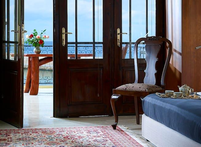 ANTIGONI'S NEST, AMAZING VIEW OF THE OLD PORT - Chania - Lägenhet