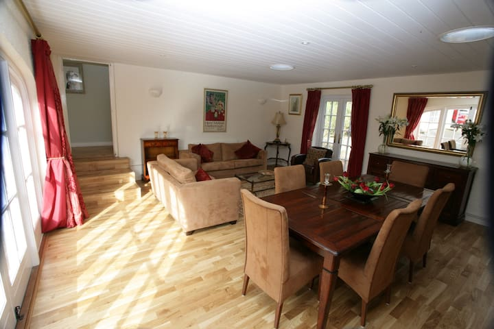 Beautifully converted Coach house - Milverton - Appartement