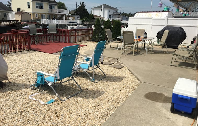 Beachy Lagoonfront Ranch  - Wknd/Weekly/LongTerm - Stafford Township - Bungalow