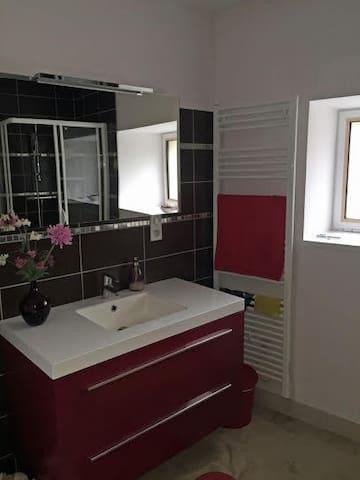 La Grange, 3 bedroom barn conversion in Bourgogne - Change - Casa de vacaciones
