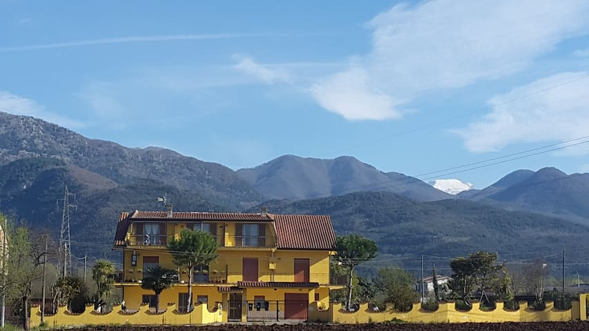 quiet house surrounded by fields - Sant'Elia Fiumerapido - Appartement