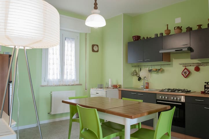 Central, well connected apartment just refurbished - San Benedetto del Tronto - Apartment