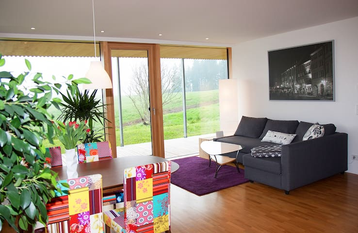 Modern living in Black Forest - Sankt Georgen - Apartemen