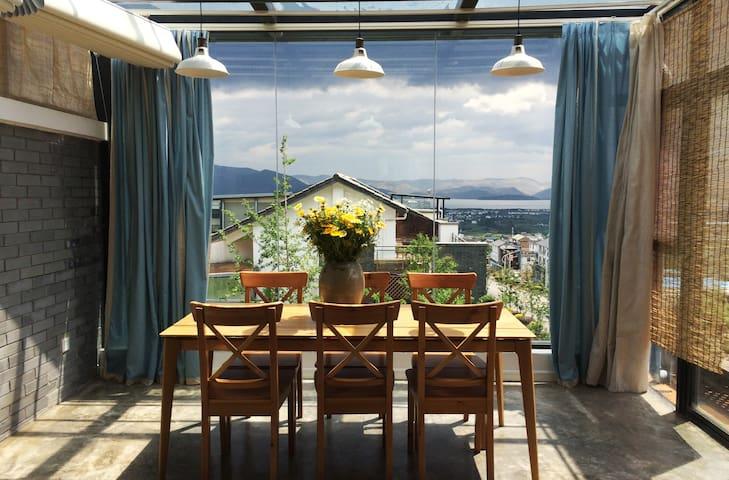 大理伴居海景阳光山房,复式公寓,古城边上专享你的苍山洱海 - 大理 - Pis