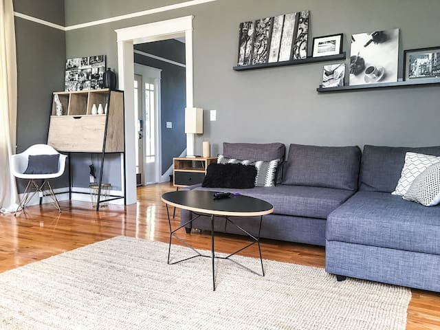 Newly Renovated Historic Bungalow in Ybor City - Tampa - Hus