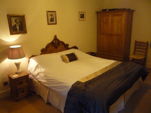 De Luxe En Suite Double Room - Rickford - Bed & Breakfast