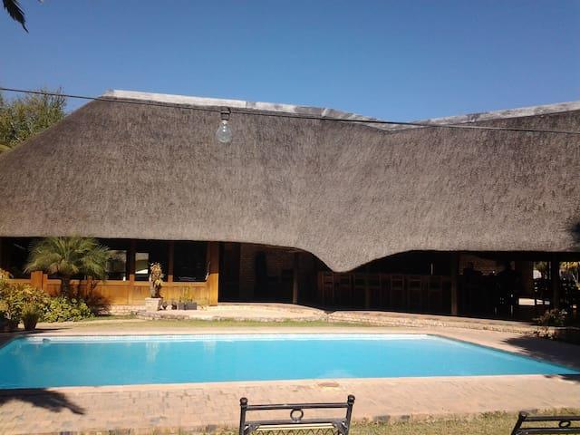 Ombinda Country Lodge, Namibia - Outjo - Natur lodge