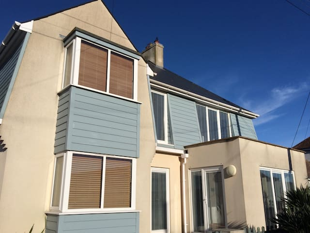 House by the sea in Pevensey Bay - Pevensey Bay - Hus