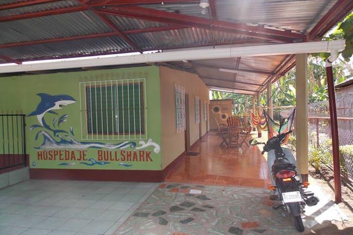 Hospedaje Bull Shark 2 - Altagracia - Lägenhet