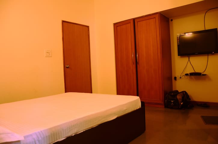 One Room available in Bungalow in Wakad - Pimpri-Chinchwad - 小平房