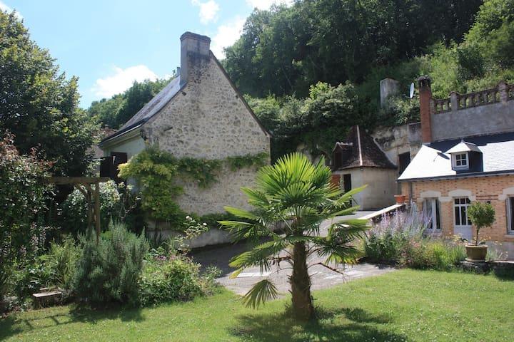 Gite troglodyte  à 5 km d'Amboise - Nazelles-Négron - Casa