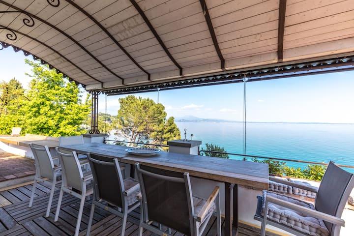 mansarda in villa sul lago - Solarolo - Lägenhet