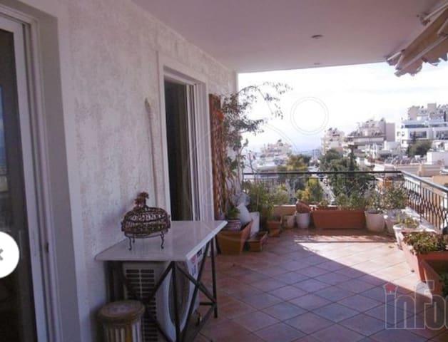 Penthouse 4-6pers+garage,20min by car to Acropolis - Vironas - Departamento