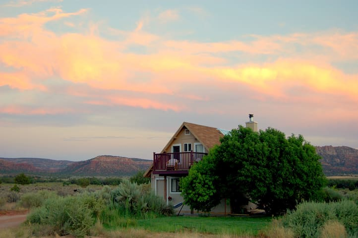 Getaway to Zion National Park, Bryce, Grand Canyon - Fredonia - Casa