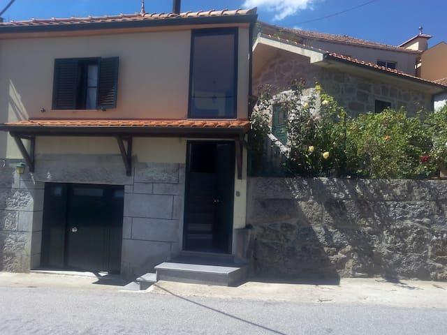 Casa de Férias  Sta Marinha Zezere - Porto - House